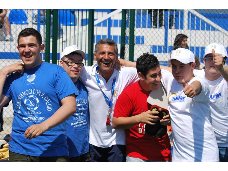 Giornata di sport e solidarietà al campo sportivo di Martinsicuro